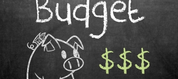 Tips and advice to save money for small business entrepreneurs. Pic by GotCredit